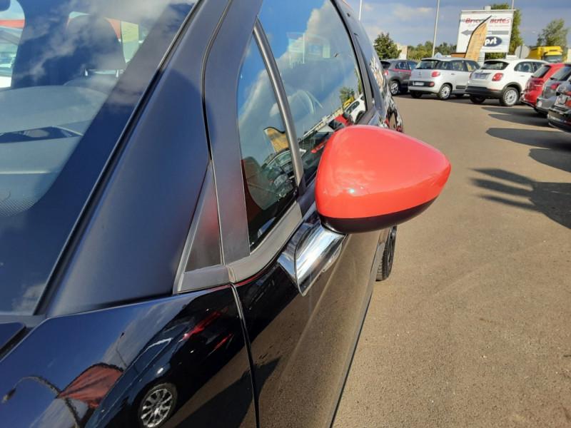 Photo 19 de l'offre de DS DS3 BlueHDi 100 SetS BVM5 So Chic à 13990€ chez Centrale auto marché Périgueux