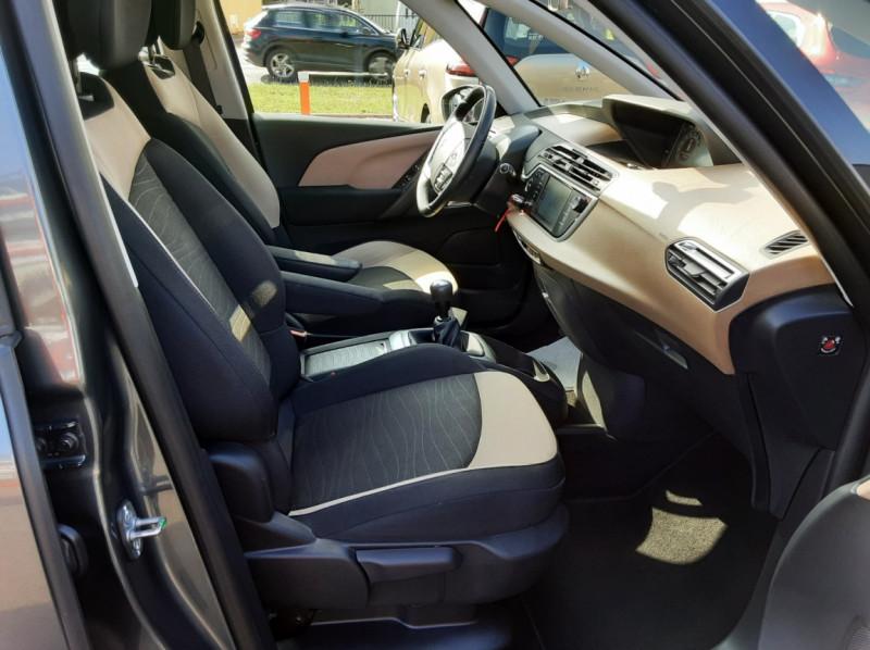 Photo 32 de l'offre de CITROEN C4 PICASSO e-HDi 115 Intensive à 9500€ chez Centrale auto marché Périgueux