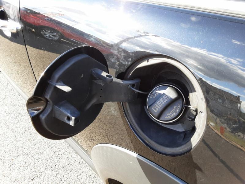 Photo 39 de l'offre de MINI MINI D 112 ch Cooper Edition Limitée Baker Street  à 12000€ chez Centrale auto marché Périgueux