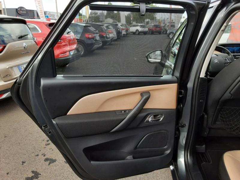 Photo 36 de l'offre de CITROEN C4 PICASSO e-HDi 115 Intensive à 9500€ chez Centrale auto marché Périgueux
