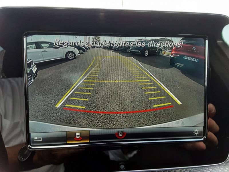 Photo 6 de l'offre de MERCEDES-BENZ CLASSE A 180 d 7G-DCT Business Edition à 17700€ chez Centrale auto marché Périgueux