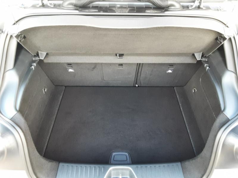 Photo 3 de l'offre de MERCEDES-BENZ CLASSE A 180 d 7G-DCT Business Edition à 17700€ chez Centrale auto marché Périgueux
