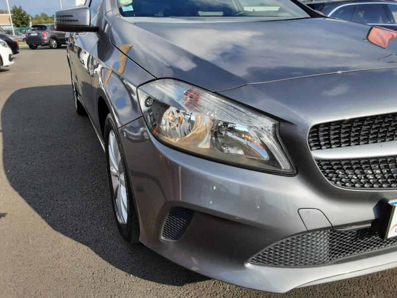 Photo 29 de l'offre de MERCEDES-BENZ CLASSE A 180 d 7G-DCT Business Edition à 17700€ chez Centrale auto marché Périgueux