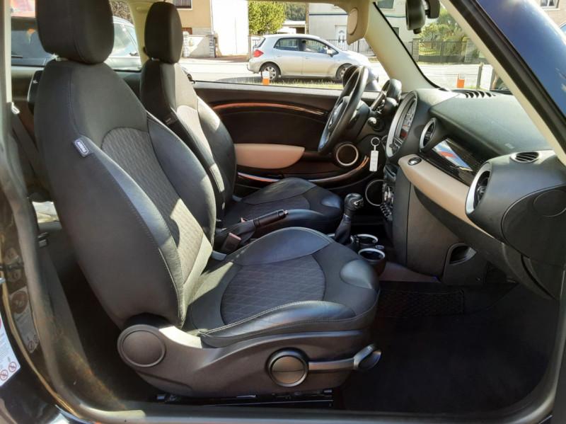 Photo 47 de l'offre de MINI MINI D 112 ch Cooper Edition Limitée Baker Street  à 12000€ chez Centrale auto marché Périgueux