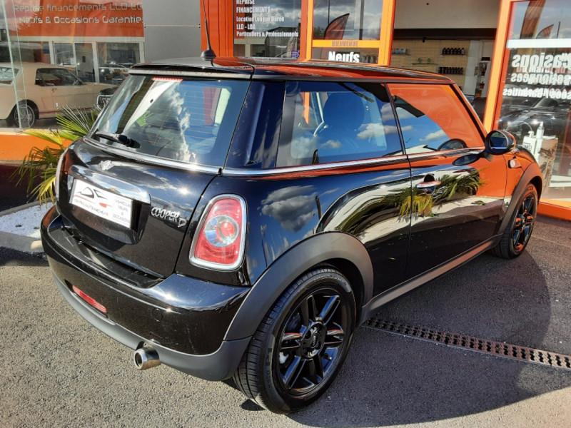 Photo 2 de l'offre de MINI MINI D 112 ch Cooper Edition Limitée Baker Street  à 12000€ chez Centrale auto marché Périgueux