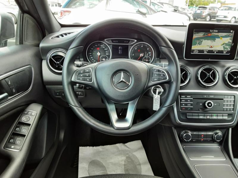 Photo 37 de l'offre de MERCEDES-BENZ CLASSE A 180 d 7G-DCT Business Edition à 17700€ chez Centrale auto marché Périgueux