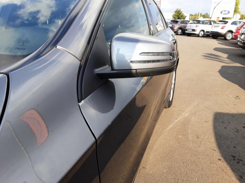 Photo 21 de l'offre de MERCEDES-BENZ CLASSE A 180 d 7G-DCT Business Edition à 17700€ chez Centrale auto marché Périgueux