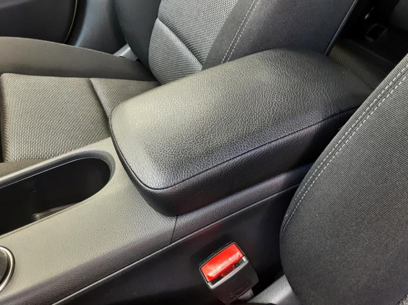 Photo 40 de l'offre de MERCEDES-BENZ CLASSE A 180 d 7G-DCT Business Edition à 17700€ chez Centrale auto marché Périgueux