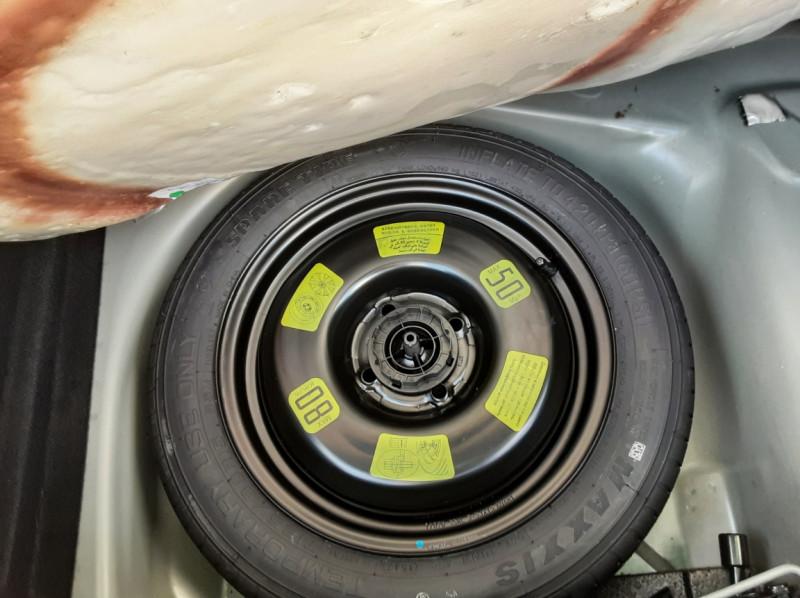 Photo 11 de l'offre de DS DS3 BlueHDi 100 SetS BVM5 So Chic à 13990€ chez Centrale auto marché Périgueux