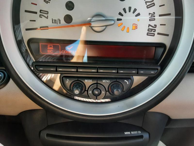 Photo 44 de l'offre de MINI MINI D 112 ch Cooper Edition Limitée Baker Street  à 12000€ chez Centrale auto marché Périgueux