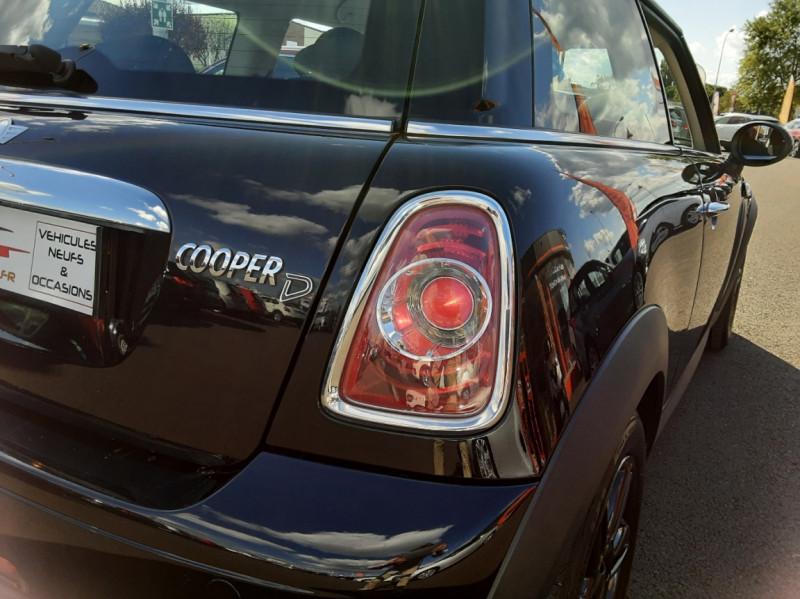 Photo 48 de l'offre de MINI MINI D 112 ch Cooper Edition Limitée Baker Street  à 12000€ chez Centrale auto marché Périgueux