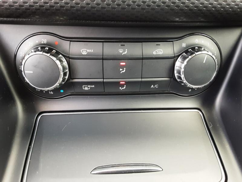 Photo 48 de l'offre de MERCEDES-BENZ CLASSE A 180 d 7G-DCT Business Edition à 17700€ chez Centrale auto marché Périgueux