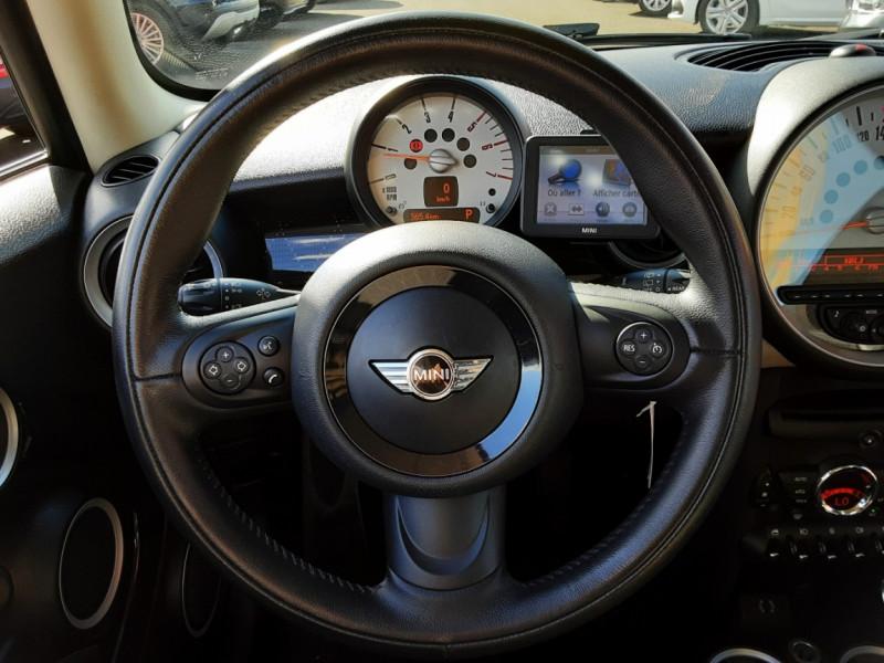 Photo 35 de l'offre de MINI MINI D 112 ch Cooper Edition Limitée Baker Street  à 12000€ chez Centrale auto marché Périgueux
