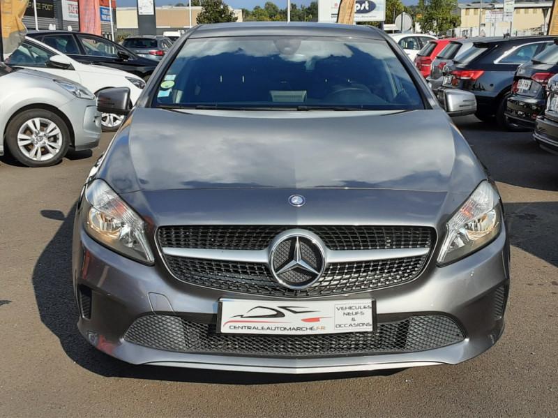 Photo 8 de l'offre de MERCEDES-BENZ CLASSE A 180 d 7G-DCT Business Edition à 17700€ chez Centrale auto marché Périgueux