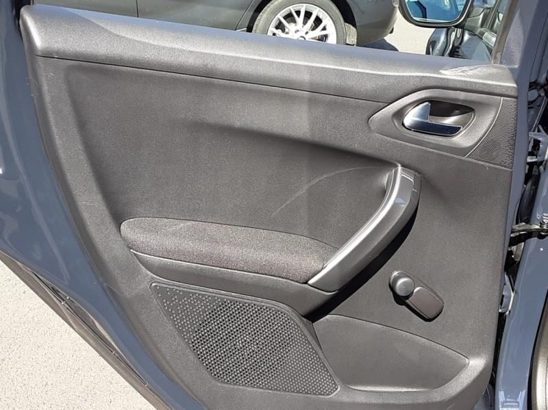 Photo 42 de l'offre de PEUGEOT 2008 BlueHDi 100ch SetS BVM5 Active Business à 15990€ chez Centrale auto marché Périgueux