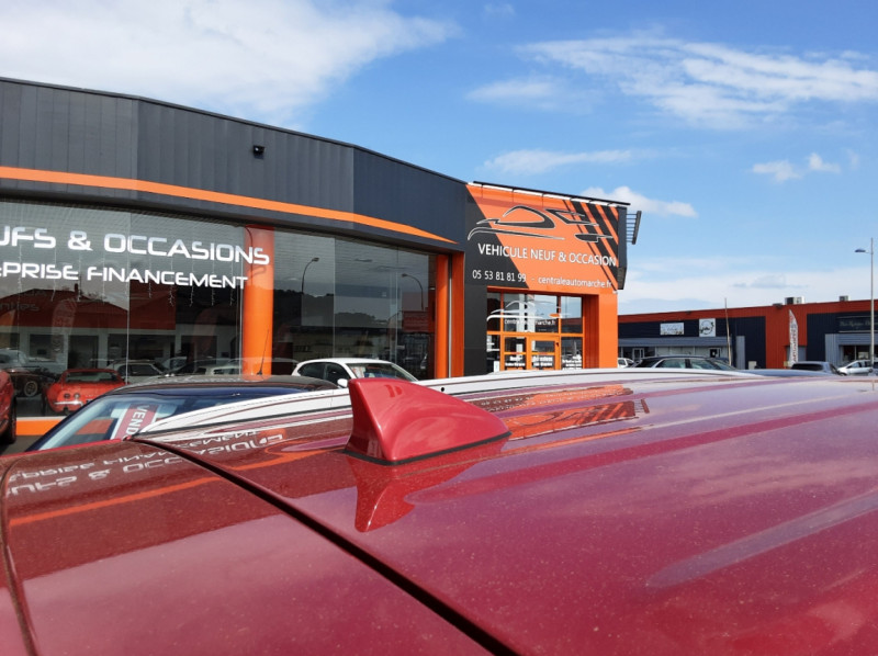 Photo 24 de l'offre de HYUNDAI TUCSON 1.7 CRDi 141 2WD DCT-7 Business à 19990€ chez Centrale auto marché Périgueux
