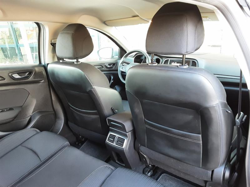 Photo 26 de l'offre de RENAULT MEGANE IV Estate Blue dCi 115 Business à 14500€ chez Centrale auto marché Périgueux