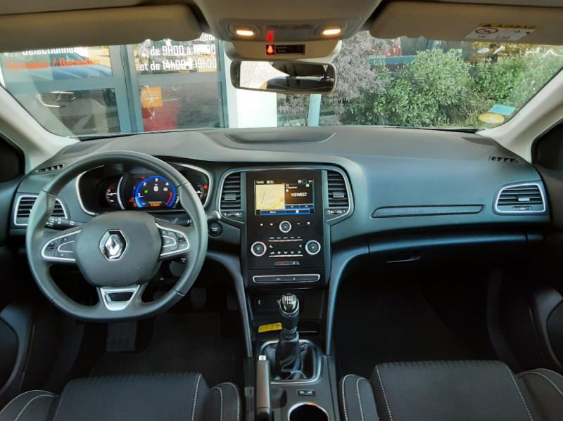 Photo 28 de l'offre de RENAULT MEGANE IV Estate Blue dCi 115 Business à 14500€ chez Centrale auto marché Périgueux