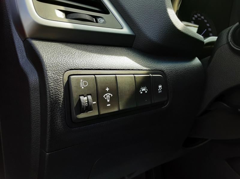 Photo 26 de l'offre de HYUNDAI TUCSON 1.7 CRDi 141 2WD DCT-7 Business à 19990€ chez Centrale auto marché Périgueux