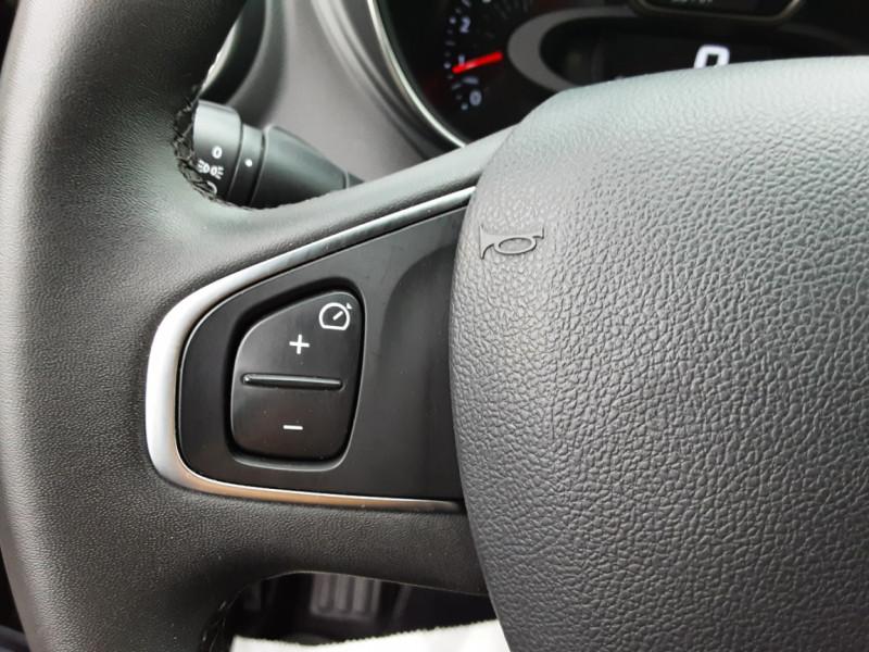 Photo 27 de l'offre de RENAULT CAPTUR dCi 90 E6C Business à 14400€ chez Centrale auto marché Périgueux