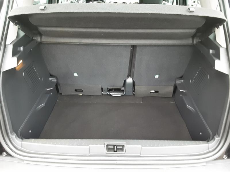 Photo 17 de l'offre de RENAULT CAPTUR dCi 90 E6C Business à 14400€ chez Centrale auto marché Périgueux