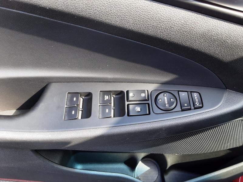 Photo 29 de l'offre de HYUNDAI TUCSON 1.7 CRDi 141 2WD DCT-7 Business à 19990€ chez Centrale auto marché Périgueux
