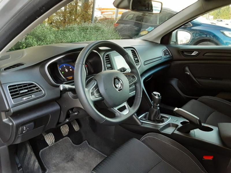 Photo 15 de l'offre de RENAULT MEGANE IV Estate Blue dCi 115 Business à 14500€ chez Centrale auto marché Périgueux