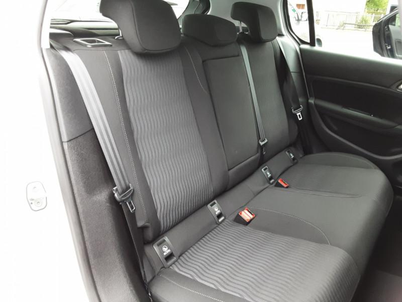 Photo 17 de l'offre de PEUGEOT 308 1.6 BlueHDi 120ch SetS EAT6 Active Business à 13200€ chez Centrale auto marché Périgueux