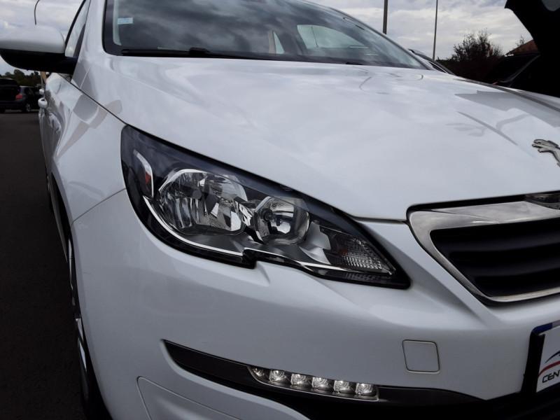 Photo 7 de l'offre de PEUGEOT 308 1.6 BlueHDi 120ch SetS EAT6 Active Business à 13200€ chez Centrale auto marché Périgueux