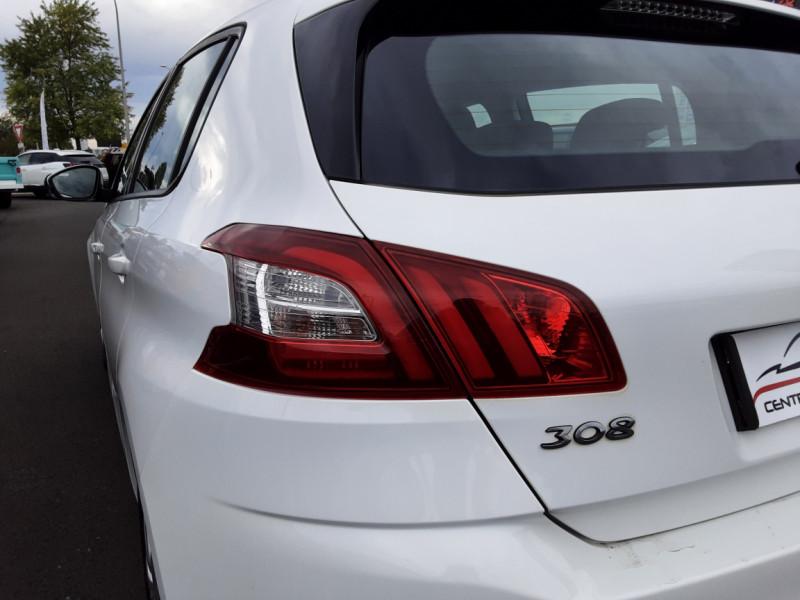 Photo 32 de l'offre de PEUGEOT 308 1.6 BlueHDi 120ch SetS EAT6 Active Business à 13200€ chez Centrale auto marché Périgueux