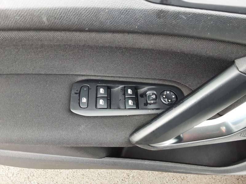 Photo 50 de l'offre de PEUGEOT 308 1.6 BlueHDi 120ch SetS EAT6 Active Business à 13200€ chez Centrale auto marché Périgueux
