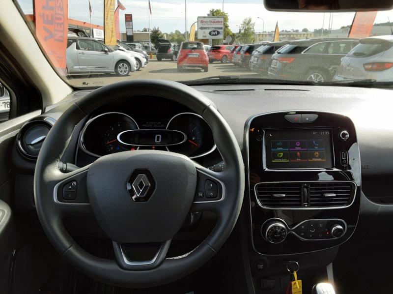 Photo 7 de l'offre de RENAULT CLIO IV dCi 90 E6C Limited à 12200€ chez Centrale auto marché Périgueux