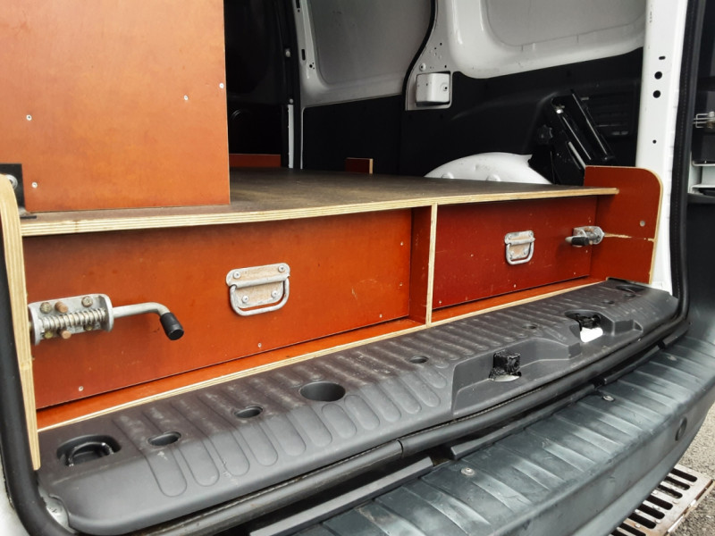 Photo 29 de l'offre de RENAULT KANGOO EXPRESS L1 1.5 DCI 90 EXTRA R-LINK à 10200€ chez Centrale auto marché Périgueux