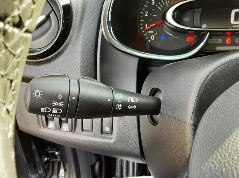 Photo 45 de l'offre de RENAULT CLIO IV dCi 90 E6C Limited à 12200€ chez Centrale auto marché Périgueux