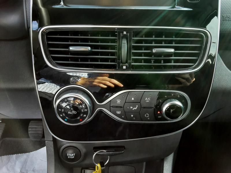 Photo 31 de l'offre de RENAULT CLIO IV dCi 90 E6C Limited à 12200€ chez Centrale auto marché Périgueux