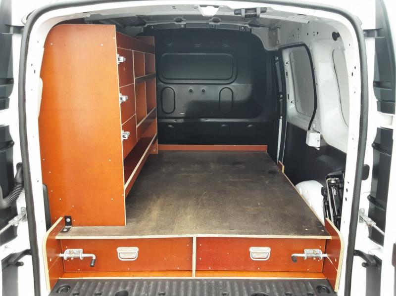 Photo 14 de l'offre de RENAULT KANGOO EXPRESS L1 1.5 DCI 90 EXTRA R-LINK à 10200€ chez Centrale auto marché Périgueux