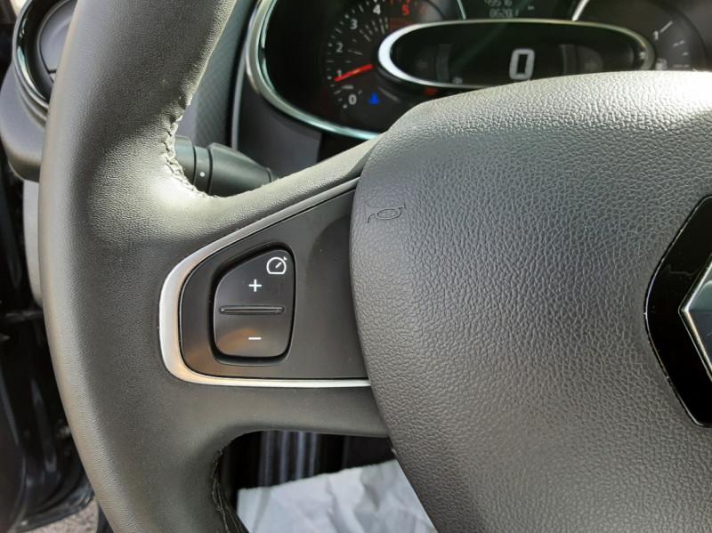 Photo 30 de l'offre de RENAULT CLIO IV dCi 90 E6C Limited à 12200€ chez Centrale auto marché Périgueux