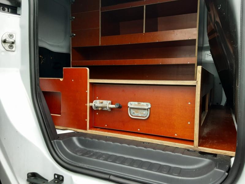 Photo 30 de l'offre de RENAULT KANGOO EXPRESS L1 1.5 DCI 90 EXTRA R-LINK à 10200€ chez Centrale auto marché Périgueux