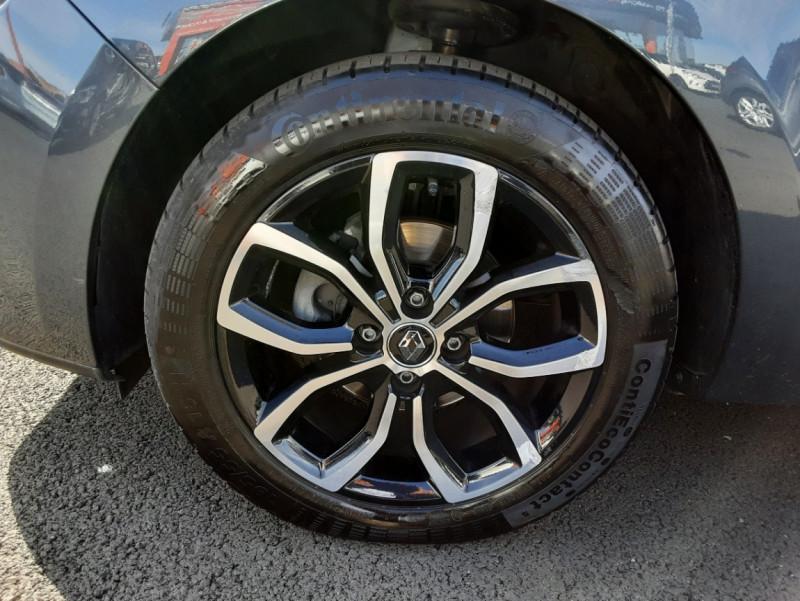 Photo 23 de l'offre de RENAULT CLIO IV dCi 90 E6C Limited à 12200€ chez Centrale auto marché Périgueux