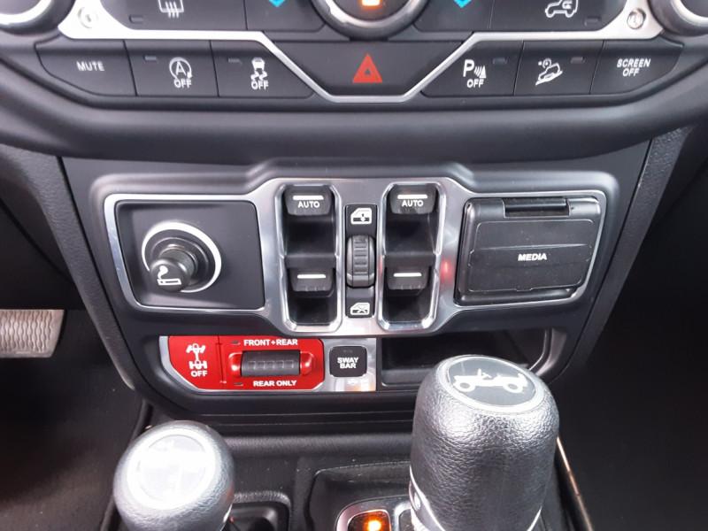 Photo 9 de l'offre de JEEP WRANGLER Unlimited 2.2 l MultiJet 200 ch 4x4 BVA8 Rubicon à 54990€ chez Centrale auto marché Périgueux