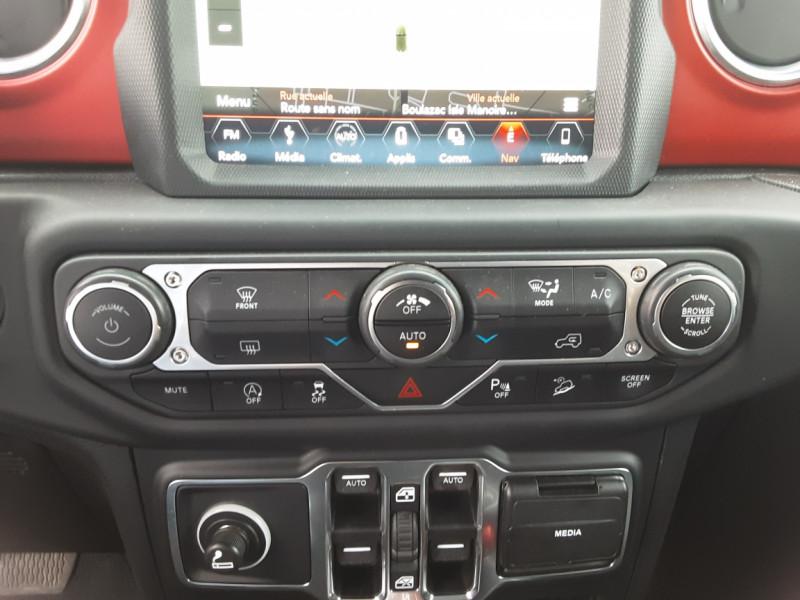 Photo 8 de l'offre de JEEP WRANGLER Unlimited 2.2 l MultiJet 200 ch 4x4 BVA8 Rubicon à 54990€ chez Centrale auto marché Périgueux