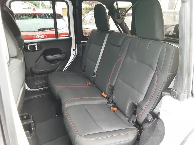 Photo 47 de l'offre de JEEP WRANGLER Unlimited 2.2 l MultiJet 200 ch 4x4 BVA8 Rubicon à 54990€ chez Centrale auto marché Périgueux