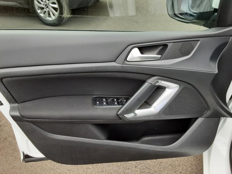 Photo 39 de l'offre de PEUGEOT 308 1.6 BlueHDi 120ch SetS EAT6 Active Business à 13200€ chez Centrale auto marché Périgueux