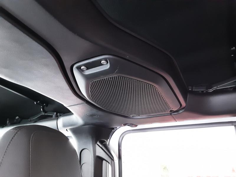Photo 18 de l'offre de JEEP WRANGLER Unlimited 2.2 l MultiJet 200 ch 4x4 BVA8 Rubicon à 54990€ chez Centrale auto marché Périgueux