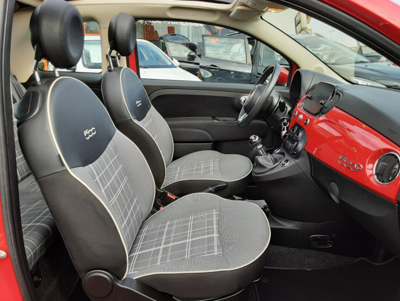 Photo 16 de l'offre de FIAT 500 C 1.2 69 ch Lounge  à 12990€ chez Centrale auto marché Périgueux