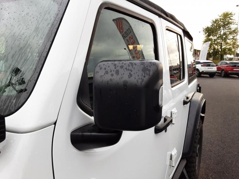 Photo 38 de l'offre de JEEP WRANGLER Unlimited 2.2 l MultiJet 200 ch 4x4 BVA8 Rubicon à 54990€ chez Centrale auto marché Périgueux