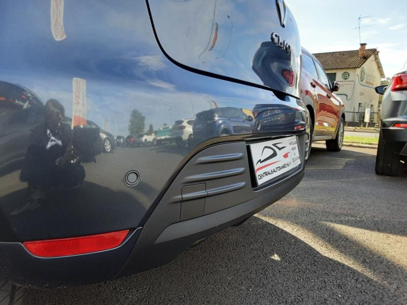 Photo 19 de l'offre de RENAULT CLIO IV dCi 90 E6C Limited à 12200€ chez Centrale auto marché Périgueux