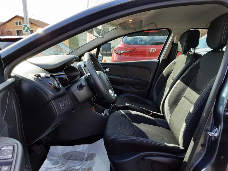 Photo 11 de l'offre de RENAULT CLIO IV dCi 90 E6C Limited à 12200€ chez Centrale auto marché Périgueux