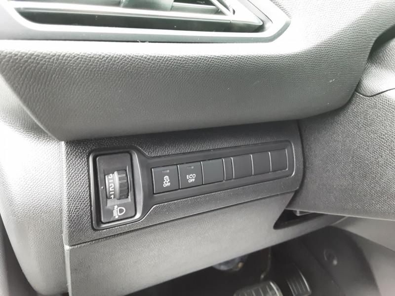 Photo 42 de l'offre de PEUGEOT 308 1.6 BlueHDi 120ch SetS EAT6 Active Business à 13200€ chez Centrale auto marché Périgueux