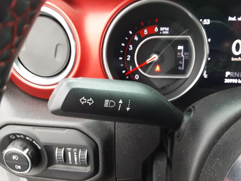 Photo 12 de l'offre de JEEP WRANGLER Unlimited 2.2 l MultiJet 200 ch 4x4 BVA8 Rubicon à 54990€ chez Centrale auto marché Périgueux